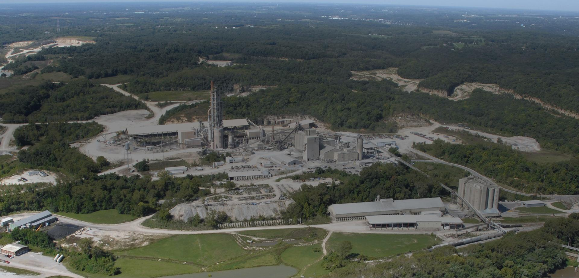 image of a cement plant